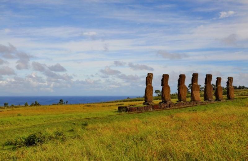 Moai at Ahu Akivi gaze out at the ocean