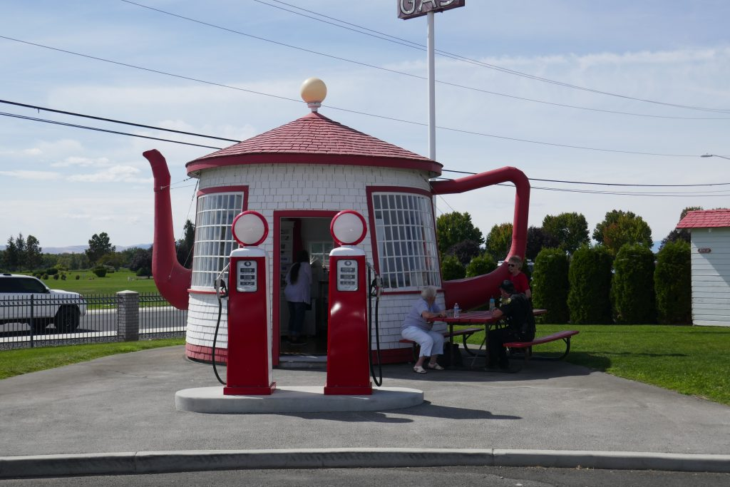 The Teapot Dome Service Station in Zillah, Washington